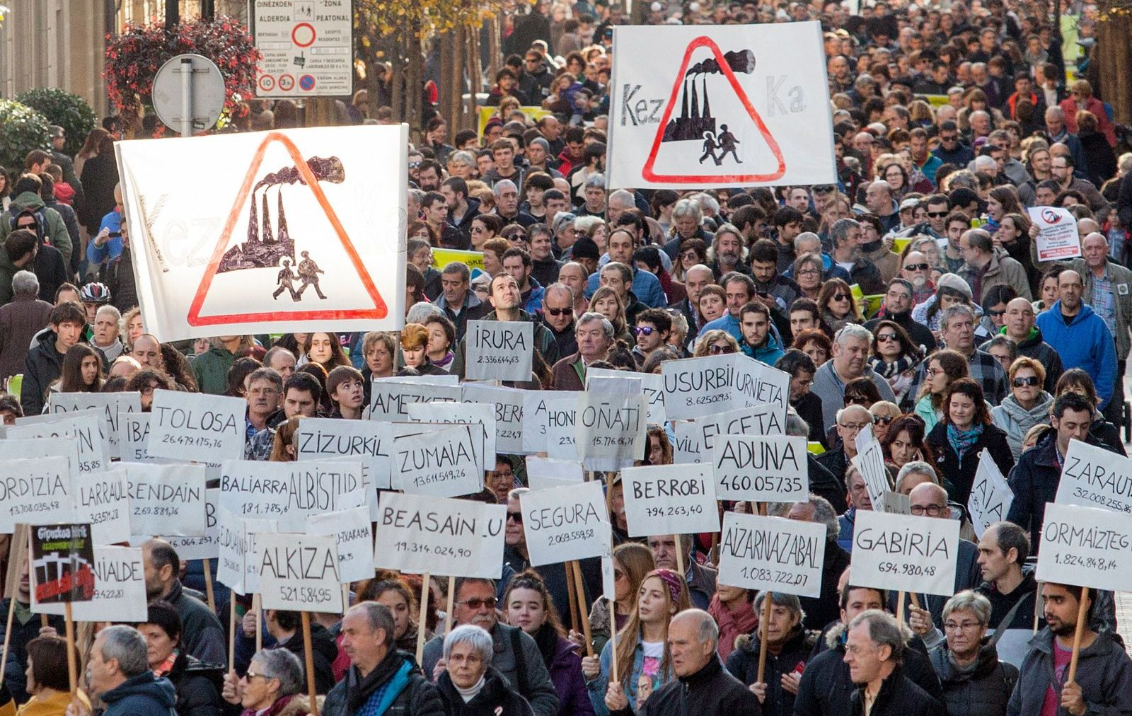 Etiketa: manifestazioa